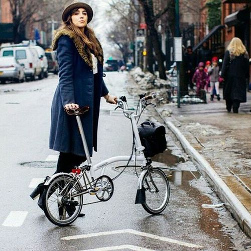 """Repost from @brompton_australia : """"We suspect that @theycallhermontana is the most stylish @bromptonbicycle rider in the world."""" Thanks for the sweet words, chaps!! Xox 🎩💕 Brompton Bromptonbicycle Mybrompton Brommie bromptonlookbook madeforcolour madeforcities foldingbicycle foldingbike bicycle bikestyle cyclechic girlsonbikes streetstyle bicyclefashion onthestreet newyorkfashion newyorker bicyclist brooksengland girlsinhats furcollar bikelife lookbook"""