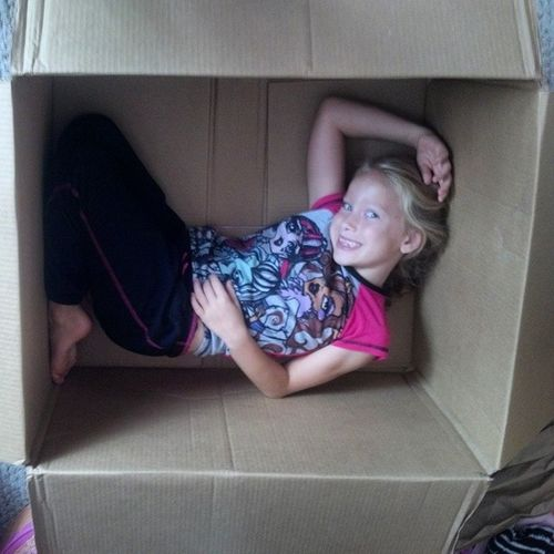 Gave Arilynn the box the big Clone Trooper came in, one so big she can easily fit into it. Let the fun begin. Mabelle BigBox BIG Box letthefunbegin boxfun sizereference awesome potential nofilter childhoodiscalling