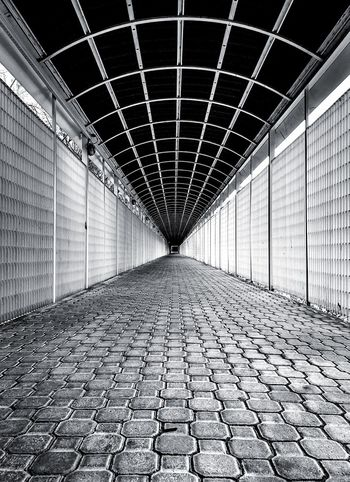 Tunnel Built Structure Architecture The Way Forward Direction No People Diminishing Perspective Footpath Indoors  Street Long City