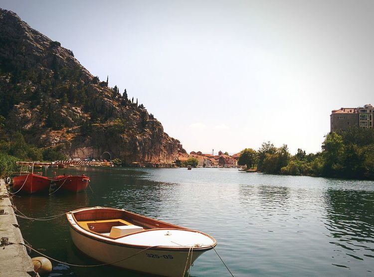 River Cetina Boat Water Nature Waterfront Outdoors Sky Riverscape Nature Nature_collection Nature Photography Waterscape Water Surface Boats⛵️ Boats And Sea Boatsonthewater in Omis Croatia