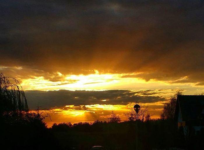 Good evening & Good night 📷 Kulasfotografuje Kulasspaceruje Sky Sunset Sun Nofilter