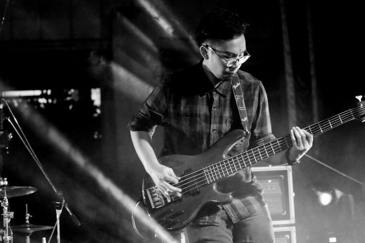 My job as a musician Musician Rockband Rock Bassist Bass Player Bass Yamaha Trb5 Live Music Liveband
