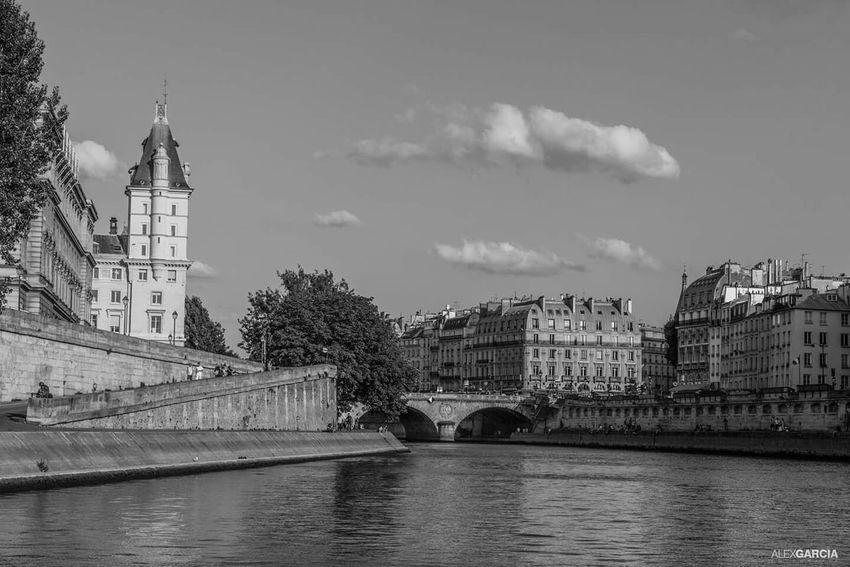 River Seine Eyeemfrance Paris, France  Blackandwhite Photography Eyeemphotography Paris