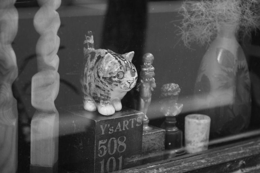 銀座1丁目レトロビル Monochrome Industar61 Oldlens Reflection