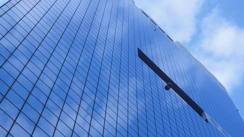 Low Angle View Building Exterior Built Structure Sky Architecture Old Lens Photo Photoshopexpress INDUSTAR Industar-50 3,5/50 Cityscape City Life Streetphotograhy Nex5 Minimalist Architecture