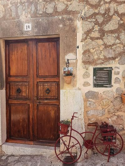 Exploring Valdemossa PalmadeMalllorca Beautifulcity Beautifulweather Art Streets Architecture Building Exterior Missingsummer Holiday