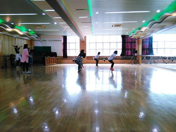 こんにちは Dancing Good Afternoon Hi! ダンス Practicing 撮影 Taking Photos Enjoy Life