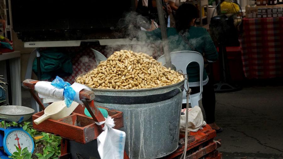 Legaspi Village Sunday Market Manila, Philippines Market Philippines Day Filipino Food Food Food And Drink Freshness Streetfood
