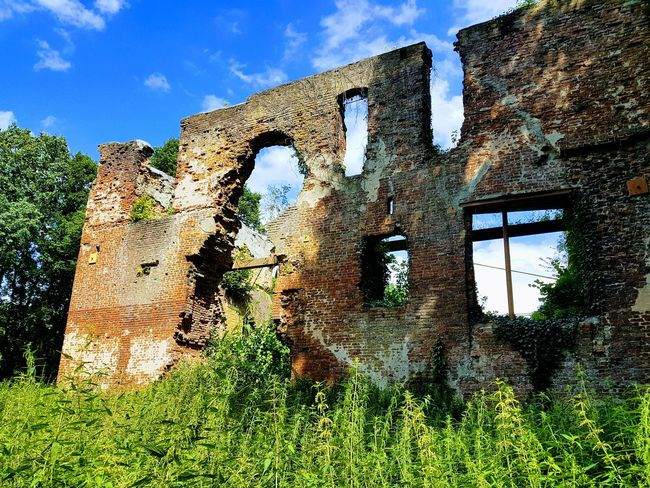 Architecture Outdoors No People Low Angle View Day Built Structure Sky Nature Building Exterior Building Architecture Blue Sky Germany 🇩🇪 Deutschland Castle Ruin Ruins Ruined Building Old Buildings