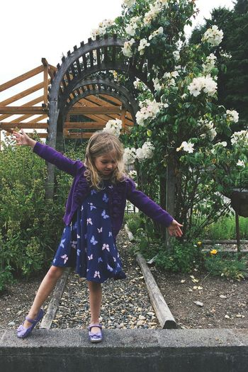 watches la la land once Child One Girl Only Full Length Outdoors Green Color Tree Nature Day Sky Flowers Lavender Dancer