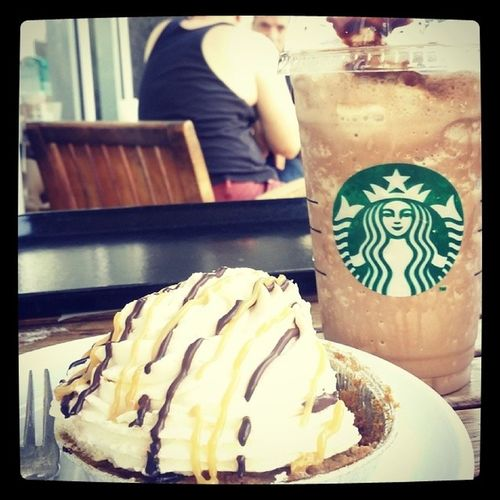 Merienda with baby after visiting Nanay at Philippine Orthopedic Center... Banoffeepie Chocofrappe Nanaylove Babylovin  chillaxin