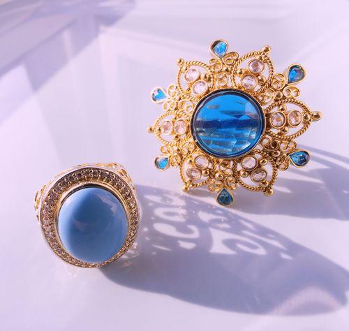 Fleamarket rings Fleamarket Rings Ring Jewelry Cleaning Jewelry Close-up Vintage Fleamarketfinds Jewellery Flea Market Finds Schmuck