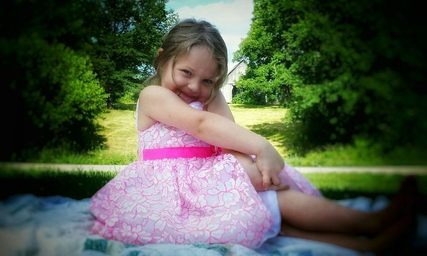 Like a sweet piece of candy, i just wanna eat her up 🎀dixiedawn🎀 Kids Kidsphotography Kidsportrait Kidatheart