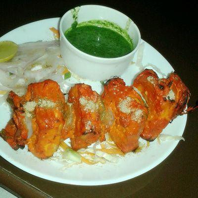 Mid Week lunch ... such melting panner tikka's Foodgasm Dailydose Paneertikka Indian Tandoor Wednesday Starter Happyme Entrepreneurlife