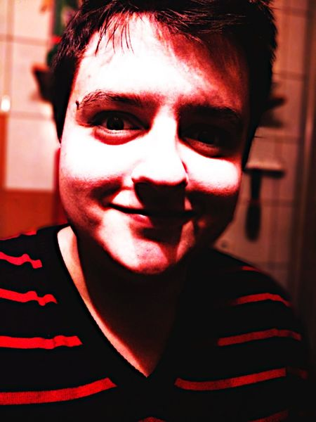 Creepy Face ~ S Photo Zdjecie Photography Selfie Creepy Face Chubby Horror Effect Red Red Portrait Adult One Person Adults Only One Man Only People Human Face Young Adult Human Body Part Indoors  Spooky Real People Fashion EyeEmNewHere This Is Masculinity Inner Power