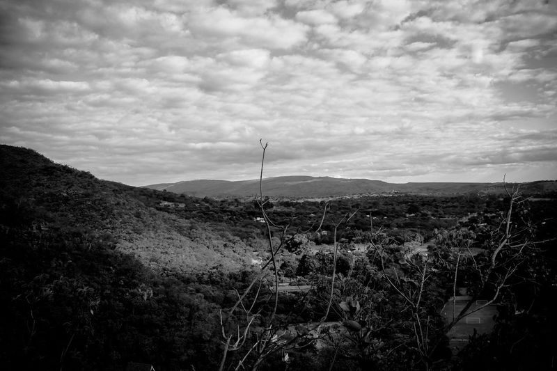 Cloud - Sky Outdoors No People Day Beauty In Nature Tranquility Nature Landscape Sky Brazilian Gallery Canon Rebel T3 Brazil Vacations Freshness Beauty In Nature Tree Area Low Angle View Hills, Mountains, Sky, Clouds, Sun, River, Limpid, Blue, Earth Black & White