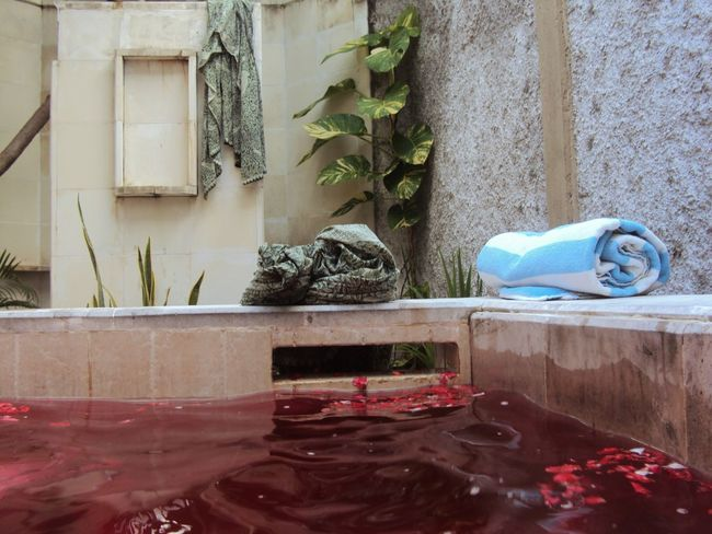 Red bath bomb lush. Water Red Color Flowers Bath Outdoors Towel Creation Healthy Bathtub Art Is Everywhere TCPM