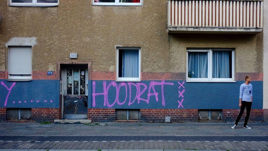Hoodbat Street