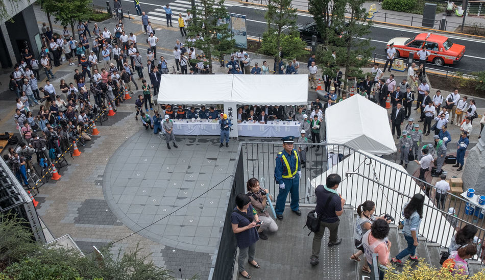 General Tokyo public participating in the 2016 Tokyo Annual Disaster Drill in Tokyo, Japan. Crowd Disaster Disaster Drill Drill Japan Mock Up Participant People Preparation  Public Rehearsal Tokyo Training