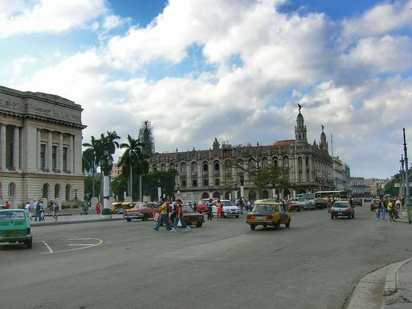 Street Photography Colonial Architecture Tourists Tourism Habana Havana Old Havana Cuba Cuba Collection Sky And Clouds Clouds And Sky Street Life Wanderlust