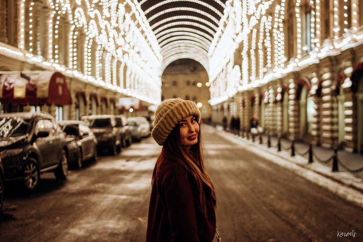 One Woman Only One Person Portrait EyeEm Beauty Photography Moscow EyeEm Best Shots Looking At Camera Russia Karpetsphoto Russian Girl Casual Clothing Architecture NewYear Lights Nightlights Winter Colours Streets