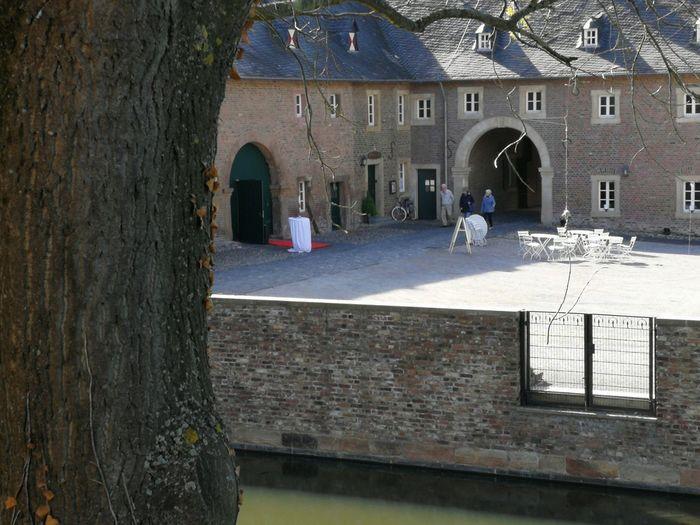 Castle Burgau Dueren Castle Burgau Dueren Water Arch Architecture Built Structure