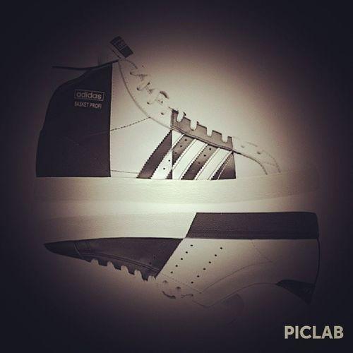 Adidas AdidasHK ???