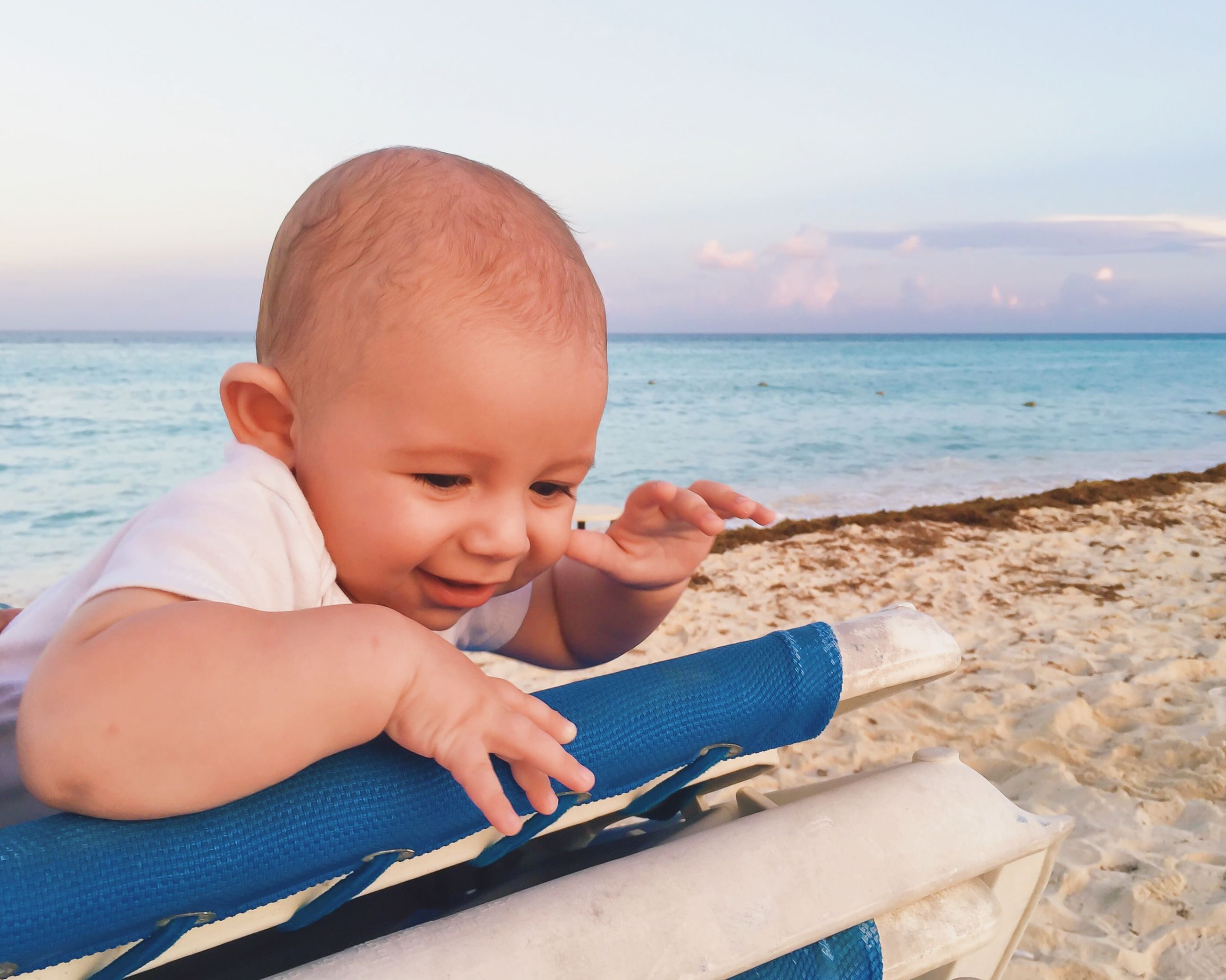 childhood, sea, beach, elementary age, innocence, horizon over water, water, cute, person, boys, leisure activity, lifestyles, toddler, baby, shore, babyhood, girls, shirtless