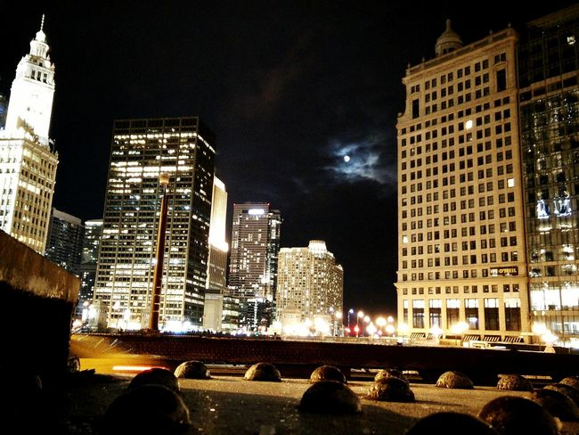 Chicago winter moon Wrigley Building Friday Night First Eyeem Photo Chicago
