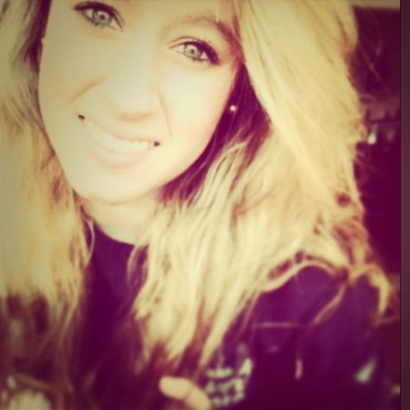 I sit back and think about em good old days the way we were raised in our southern ways(: