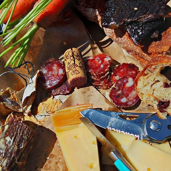 This is how you picnic: cheese, bread, salami, Jerky, carrots, oranges, strawberries Picnic WineWasHad Sunshine Farmersmarket Classyasfuck Buymebrunch