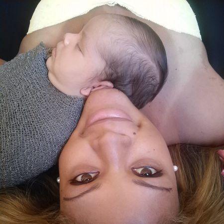 Trabalho como Fotografo. Interessados me procurem no facebook como * Julio Cezar Fotografia * ou liguem 021 981094098 Newborn Baby NewBorn Photography Newborn Baby Boy