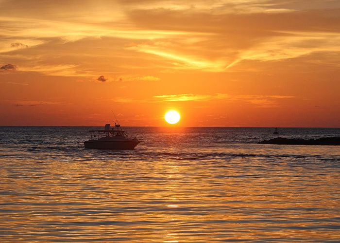 43 Golden Moments Amazing Beauty In Nature Boat Dreaming Enjoying The View Getting Away From It All Horizon Over Water Idyllic Maldives Nature Nautical Vessel Orange Color Scenics Sea Seascape Sky Sun Sunset Sunset_collection The Purist (no Edit, No Filter) The Week On EyeEm Tranquil Scene Travel Wineandmore