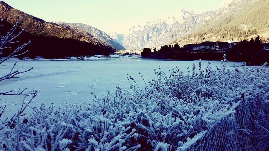 Winter Enjoying Life Snow ❄ Hello World Dolomites, Italy Lake Frozen Lake Holiday♡ Cold Winter ❄⛄ Beautiful Nature First Eyeem Photo