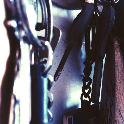 Keys Taking Photos Bluemesh Lookbutwithmyeyes