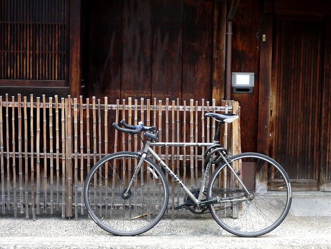 Bicycle Closed Kyoto Leaning Machiya No People Parked Stationary Wooden Architecture