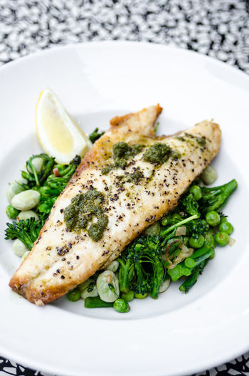 Meal Pesto Fish Fish Fillet Food Food And Drink Foodphotography Freshness Garnish Gourmet Green Healthy Eating Indoors  No People Organic Plate Ready-to-eat Seafood Still Life Table Tabletop Vegetable Wellbeing Yummy