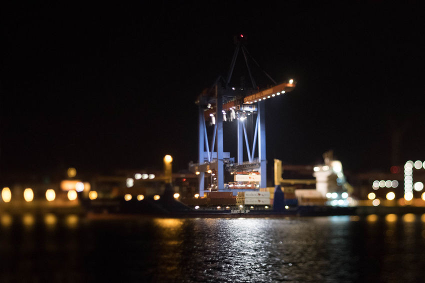 24/7 Hafen Hamburg Hamburg Harbour Night Lights Nightphotography Nikon D5 Reflection Tilt-shift Working Hard Architecture Building Exterior Built Structure Illuminated Licht Light And Shadow Night No People Outdoors Reflections In The Water River Squeezerlens Tiltshift Water