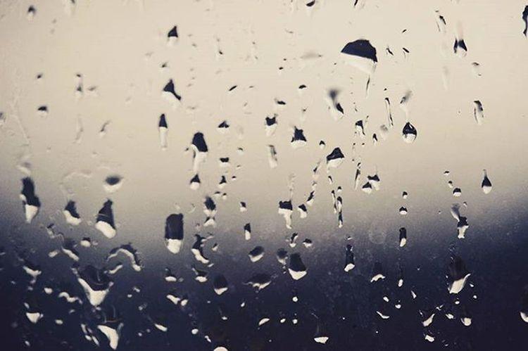 капли каплидождя Стекло наокне Весной Дождь серыйдень красиво Drop Rain Rainly Spring Window капелька капельки капелькидождя мокро сыро