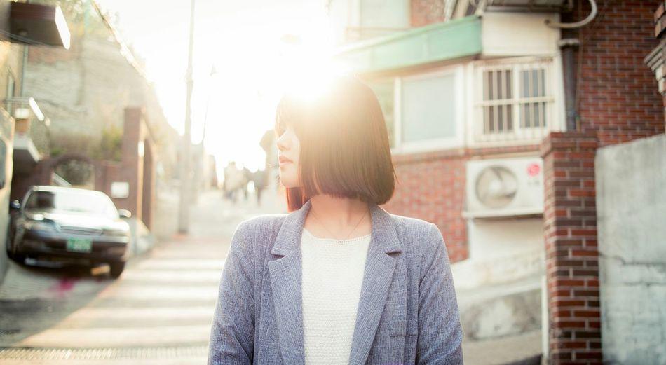 Sunset Portrait Girl Portrait Of A Friend Portrait Of A Woman Streetphotography Light Beauty EyeEm Best Shots EyeEm Korea