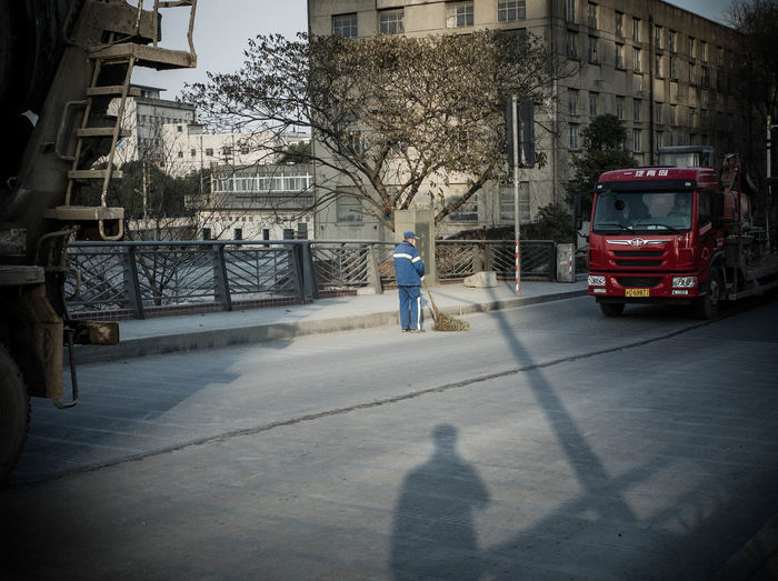 Fu Xing Dao Light And Shadow Streetphotography Truck Working