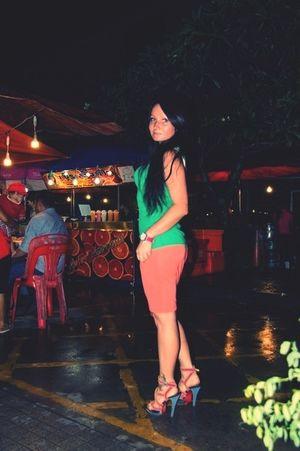 Phuket Summer Hello World Girl