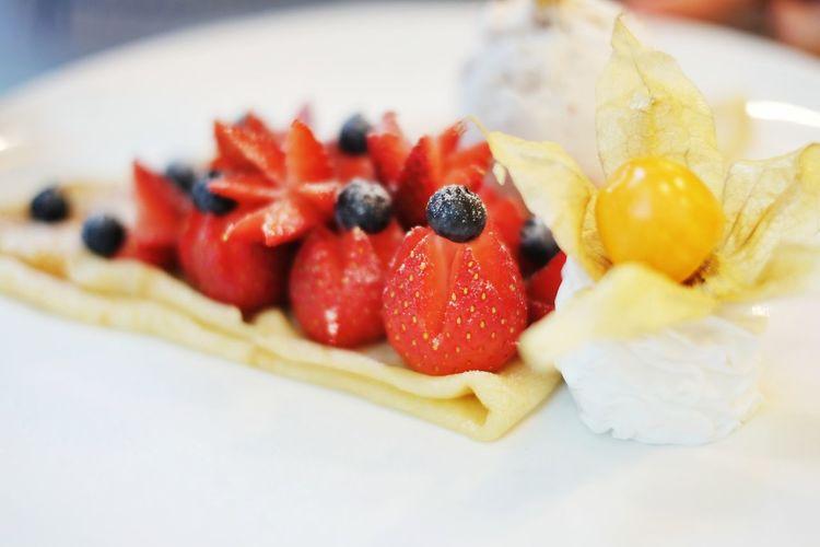 strawberry crepe @ eggs & berries Dessert Food Foodporn Foodphotography