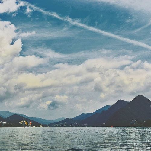 Ze earth, water, and sky.⛵💨☁Galaxy Ee_daily Korea River Travel Clouds And Sky What I Value Mood Vscocam VSCO