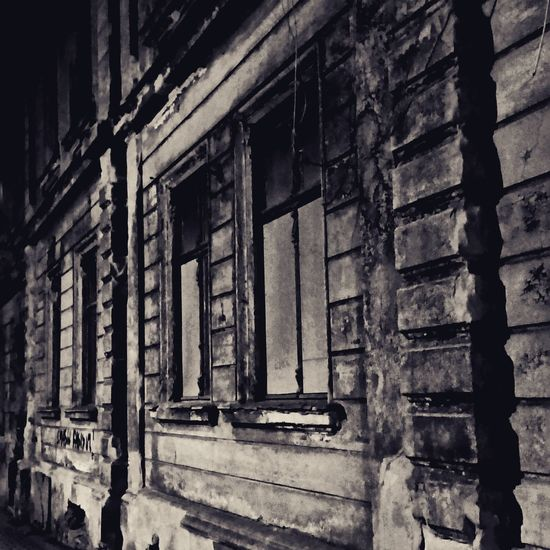 Abandoned. Cities At Night Görlitz Abandoned Monochrome Nightphotography Streetshots Old Buildings Old Town Old Ruin Resist The Secret Spaces