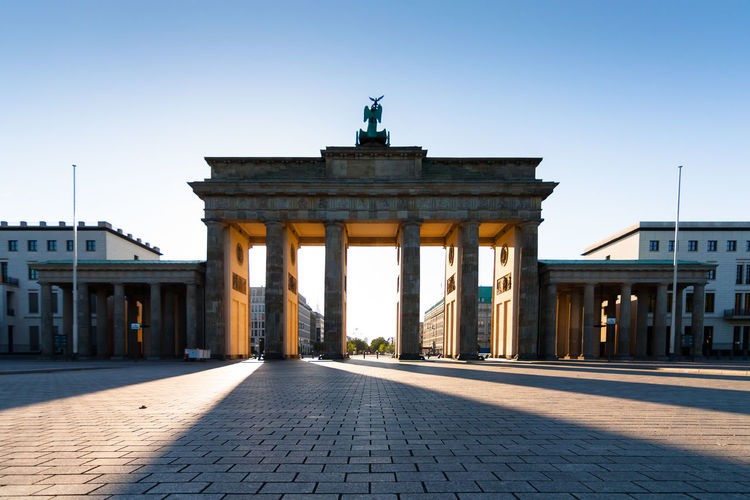 Brandenburg Gate Sightseeing Architecture Attraction Brandenburger Tor Building Capital City City City Gate Clear Sky Columns Empty History Iconic Monument No People Tourism Travel Destinations