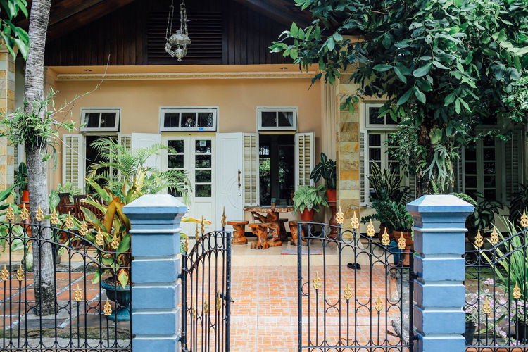 Architecture ASIA Banda Building Building Exterior Built Structure Colonial Architecture Day Entrance House INDONESIA Mutiara Guesthouse Nature Potted Plant Railing Residential Building Residential Structure Travel Window