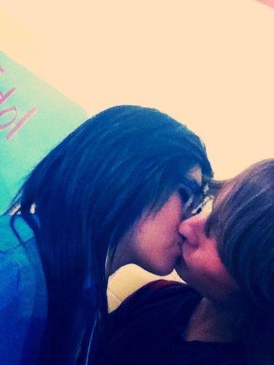 Kissing The Boyfriend