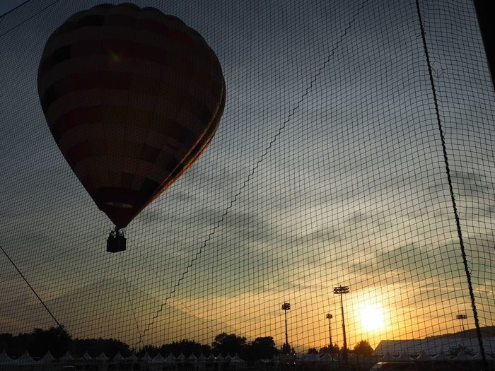 Hot Air Balloon Silhouette Sunset Nature Sky Flying Sky And Clouds Summer Memories 🌄 Olympus Rock Festival Mt Fuji Taking Photos Taking Pictures Beauty In Nature Nature Travel Destinations Event