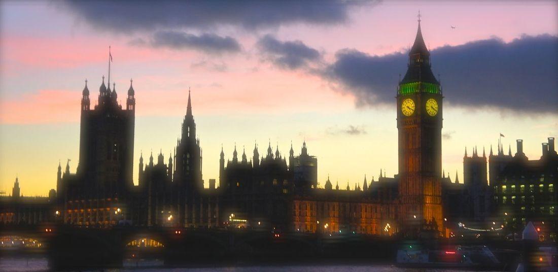 Last December ? Big Ben London Houses Of Parliament Waterloo